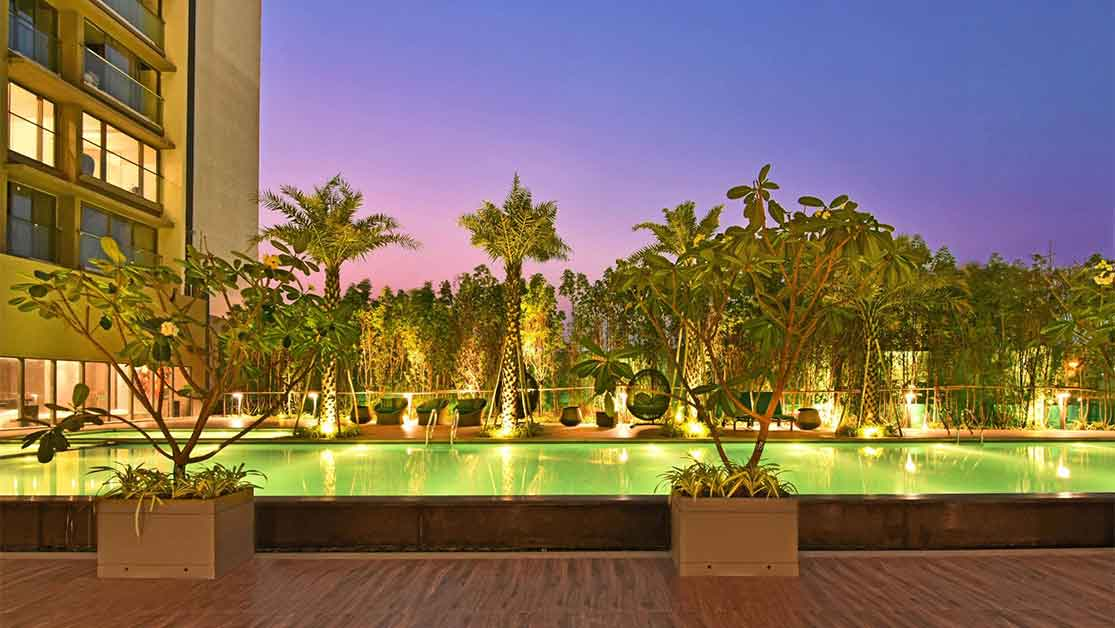 5 Reasons Why You Will Love Staying At Rustomjee Paramount-